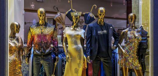 De las pasarelas a las galerías de un Museo: Exposiciones de moda