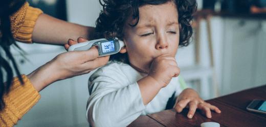Cómo aliviarle la tos a un bebé