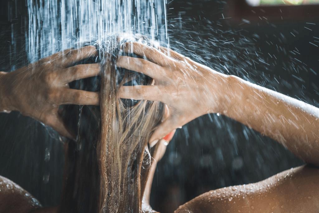 Cómo lavar el pelo de forma correcta