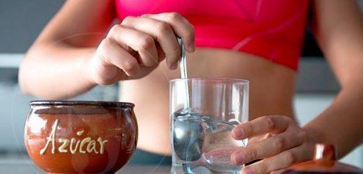 Falso mito del agua con azúcar para combatir las agujetas