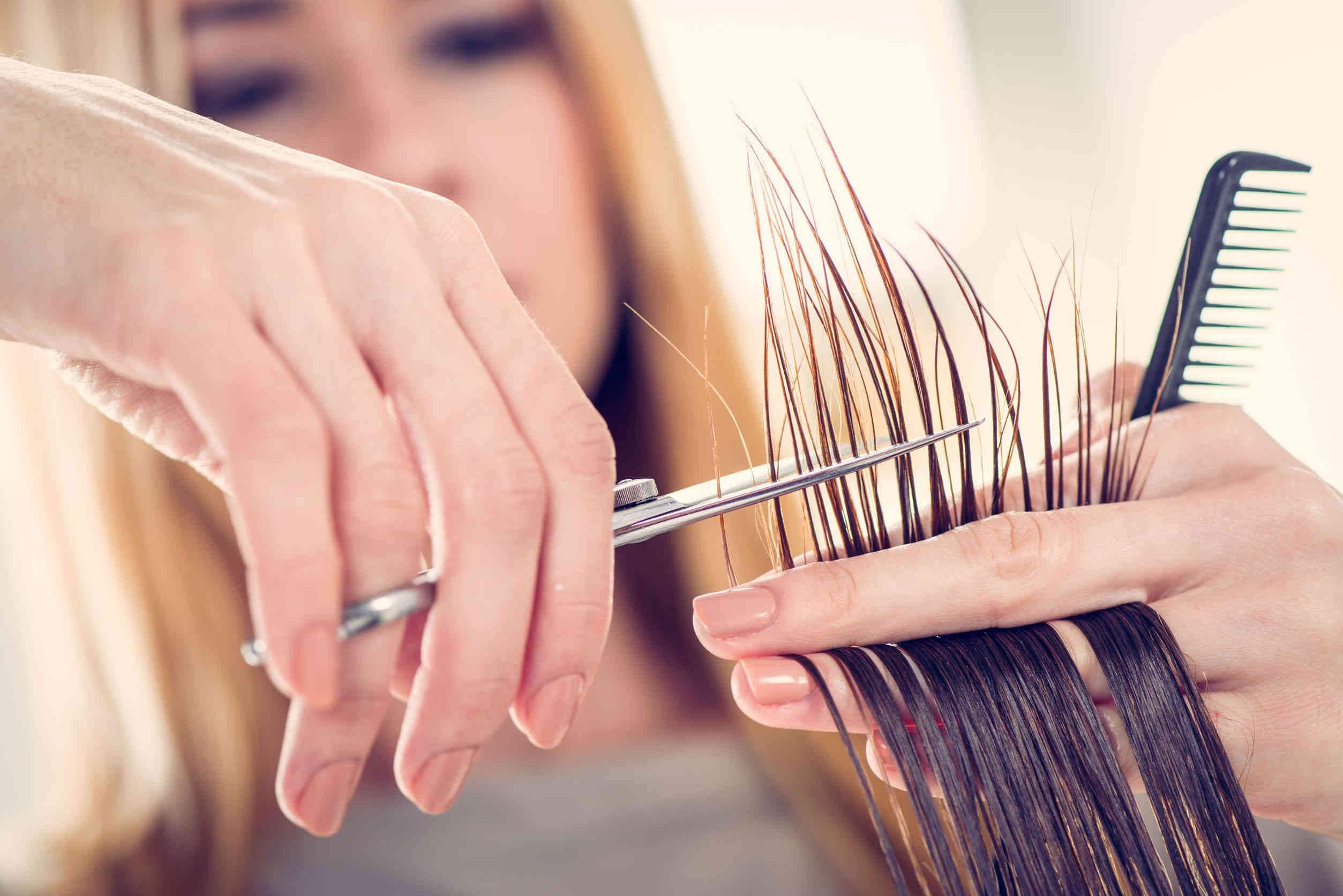 Corta tu pelo para que crezca más